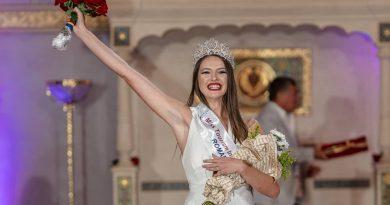 Borșeanca Adina Kofă, Miss Tourism România; Tânăra este și voluntar la ISU Maramureş